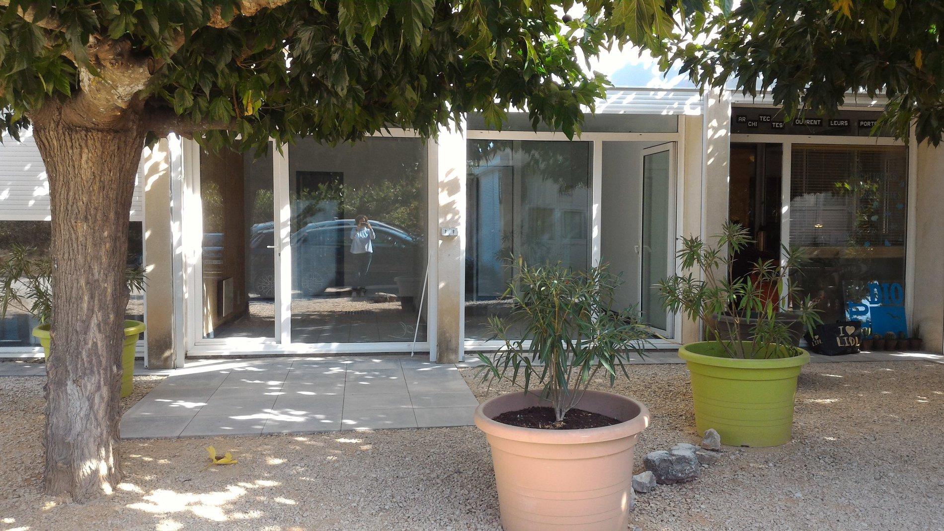 Location Immobilier Professionnel Local professionnel Éguilles (13510)