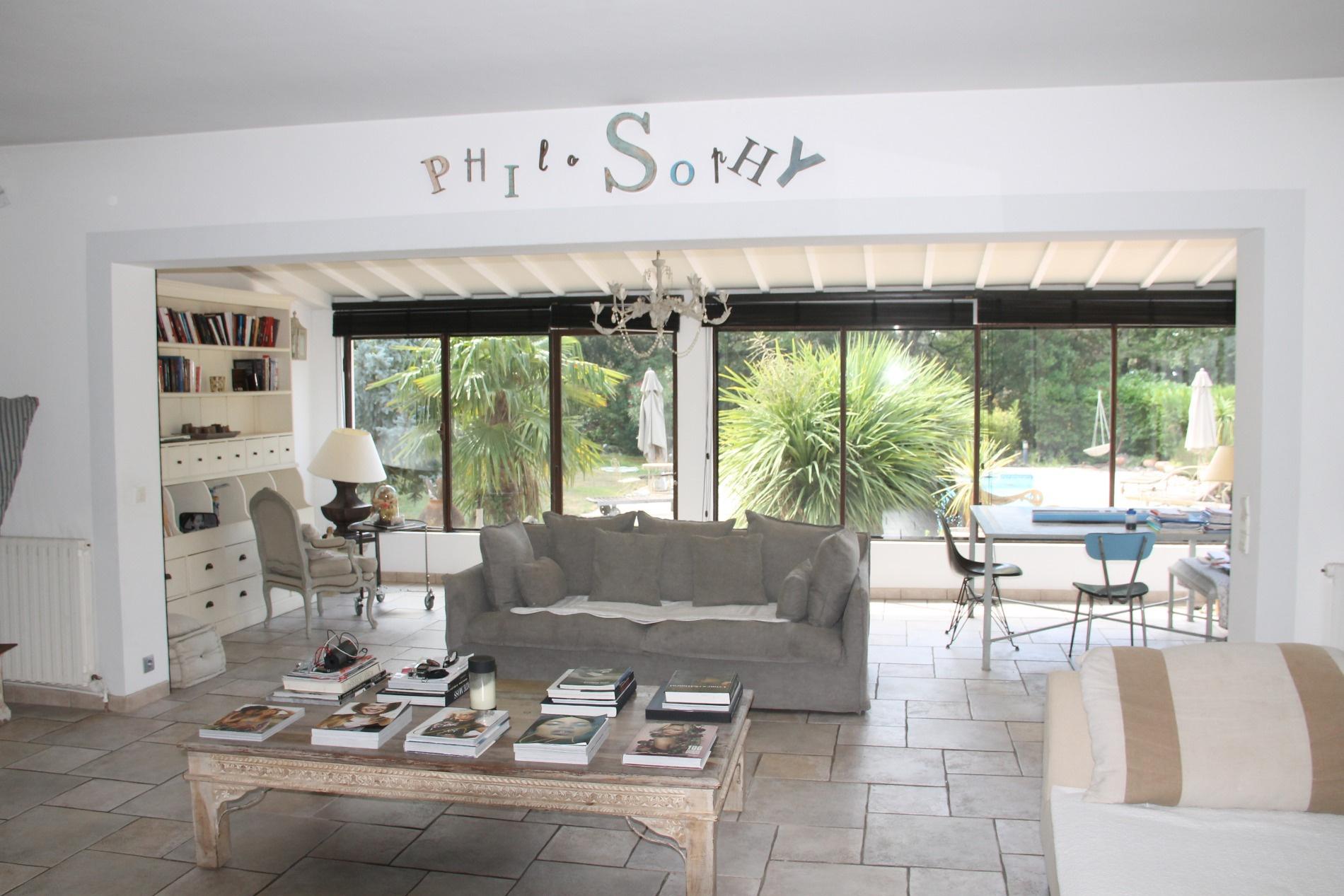 Vente aix en provence sud propri t de 270 m habitable for Acheter une maison a aix en provence