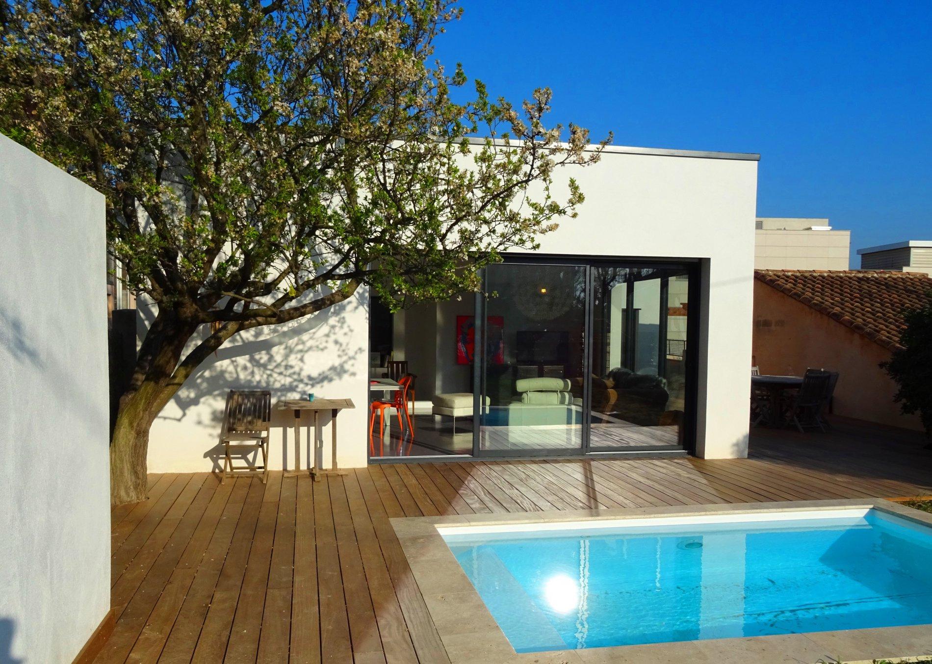 Maison de ville aix en provence centre ventana blog - Salon immobilier aix en provence ...